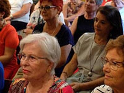 Nova programació de cursos i tertúlies per a dones al CIRD