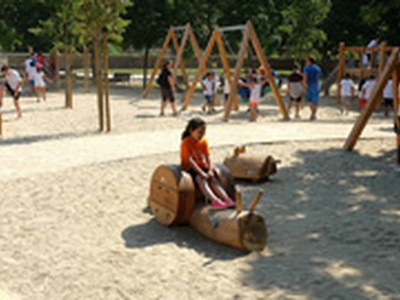 Parcs infantils oberts, amb mesures de protecció i desinfecció