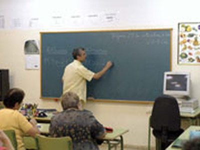 Obert el termini per a matricular-se als nous cursos de català