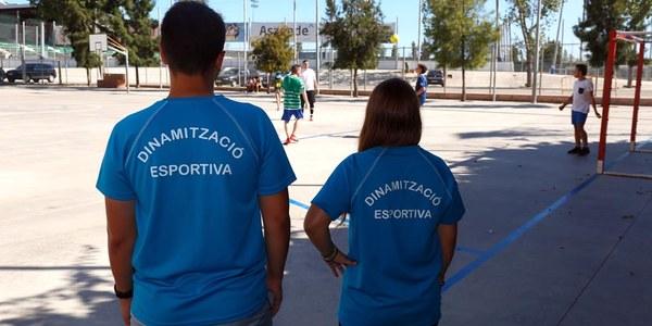 Patis oberts amb dinamització esportiva durant l'estiu per als més joves