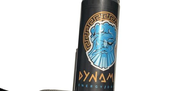 Quatre cicles professionals de l'Institut Esteve Terradas creen Dynamic, una beguda refrescant