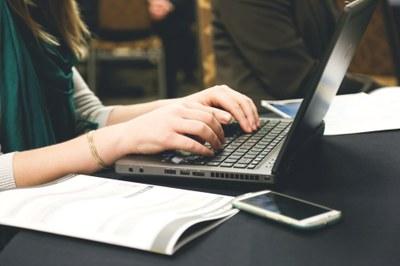 woman-typing-writing-programming-7112.jpg