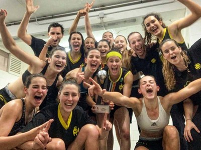 CLUB BÀSQUET ALMEDA. El júnior femení ha aconseguit el campionat de Catalunya i l'infantil femení el subcampionat i es van classificar per a campionats d'Espanya.