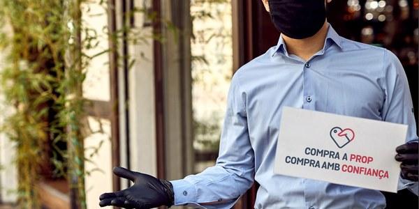 Les persones que ja s'havien beneficiat de la targeta Cornellà Compra a Prop, poden recarregar-la o tornar a adquirir-la