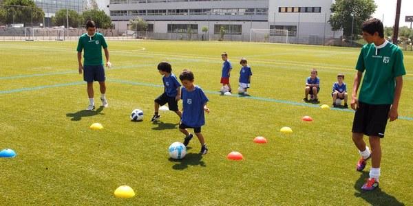 Apúntate a los Campus Deportivos que hay en la ciudad este verano!