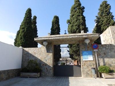 Medidas especiales para acceder al cementerio de Cornellà con motivo de la festividad de Todos los Santos